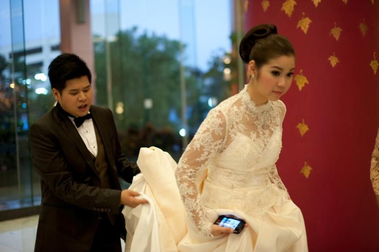 ภาพงานเลี้ยงเย็น (Wedding Reception) น้องเจน น้องต้น โรงแรมดิเอ็มเพลส เชียงใหม่ โดยสีครีมเวดดิ้ง สันกำแพง